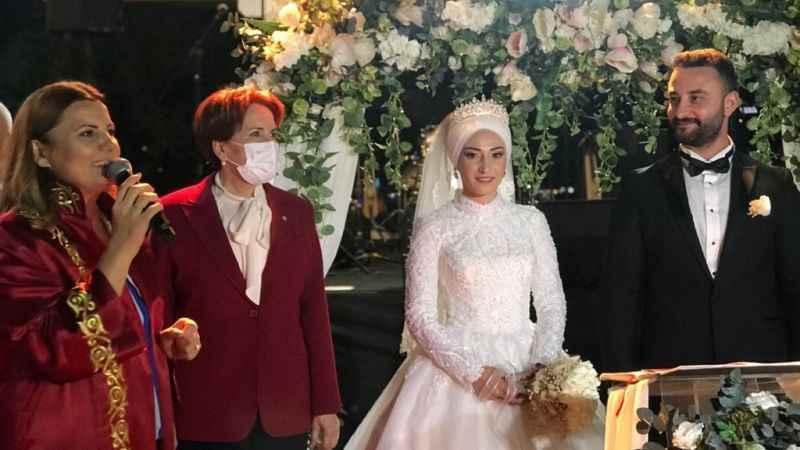 Cumali Durmuş kızını evlendirdi