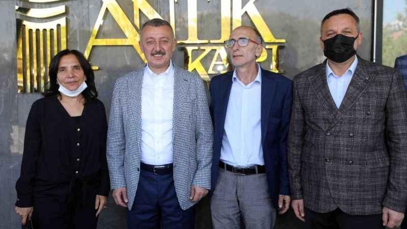 Başkan Büyükakın: Önümüzdeki yüzyıl tüm coğrafyalarda Türkiye'nin dönemidir