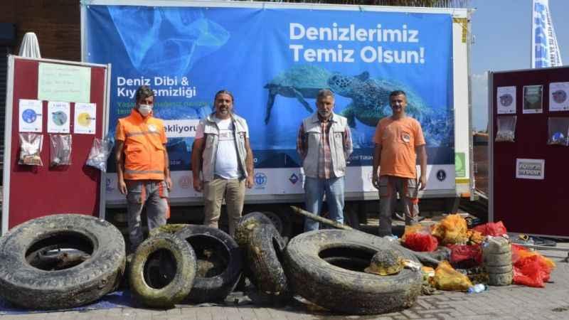 Körfez sahillerinde 1,5 ton atık topladılar
