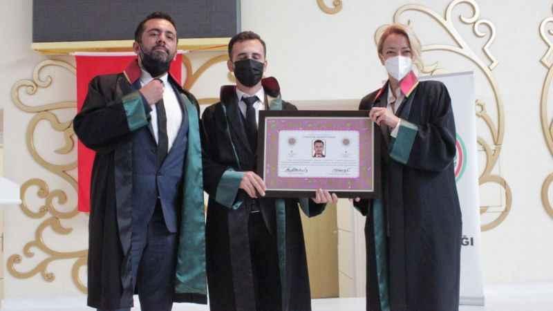 BARO'ya 23 genç avukat
