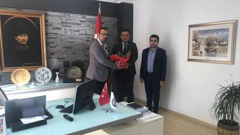 İzmit Belediyesi, eczacıların gününü kutladı