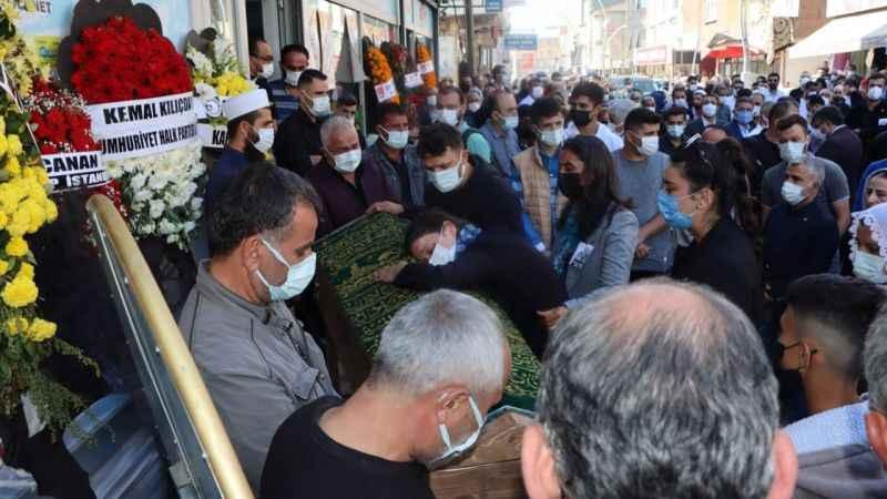 CHP'li başkan Kerem Aydemir son yolculuğuna uğurlandı