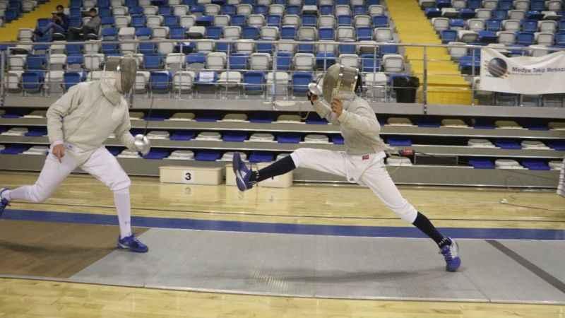 Sporcularımız Malatya'da eskrim heyecanı yaşadı