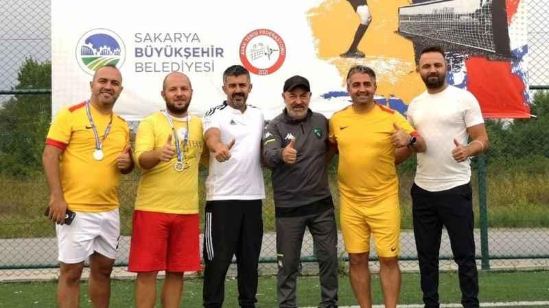 Kocaeli Gençlik Spor Sakarya'da da şampiyon