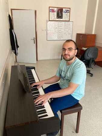 İZMEK ile sınavlara hazırlandı Marmara Üniversitesi'ni kazandı