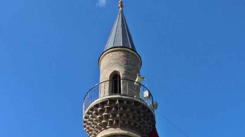 Kocaeli'de garip bir olay! Minare var ama cami yok
