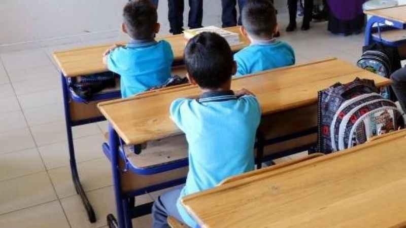 7 öğretmen ve 7 öğrenci pozitif, 47 sınıf karantinada