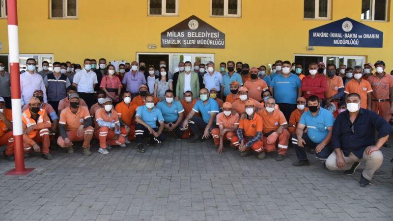 Başkan Tokat belediye personeli ile bayramlaştı