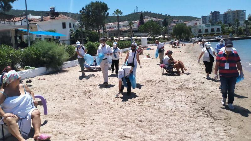 'İYİ'ler Güllük ve Ören'de sahil temizliği yaptı