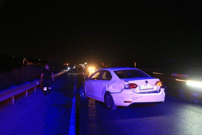 Milas'ta trafik kazası: Sağlık görevlileri yaralı aradı