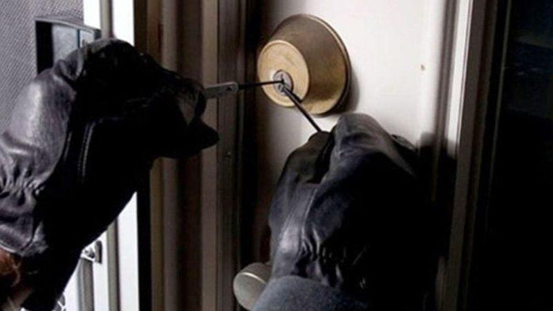 Jandarma 2 hırsızı kıskıvrak yakaladı