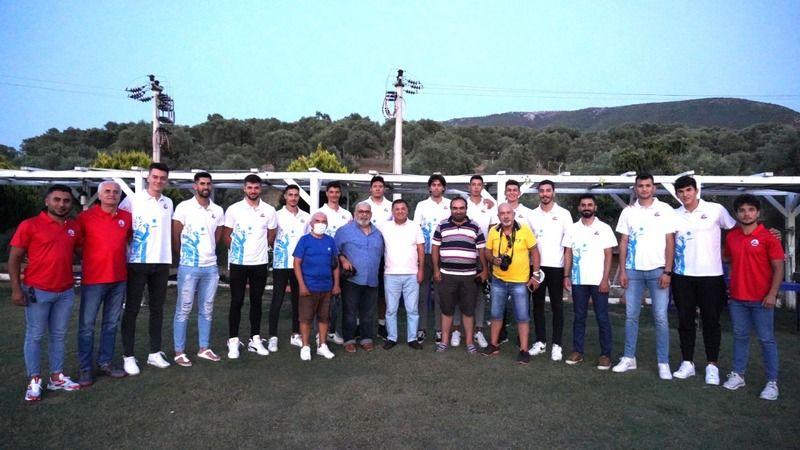 Milas Belediyespor, takım kadrosunu basına tanıttı