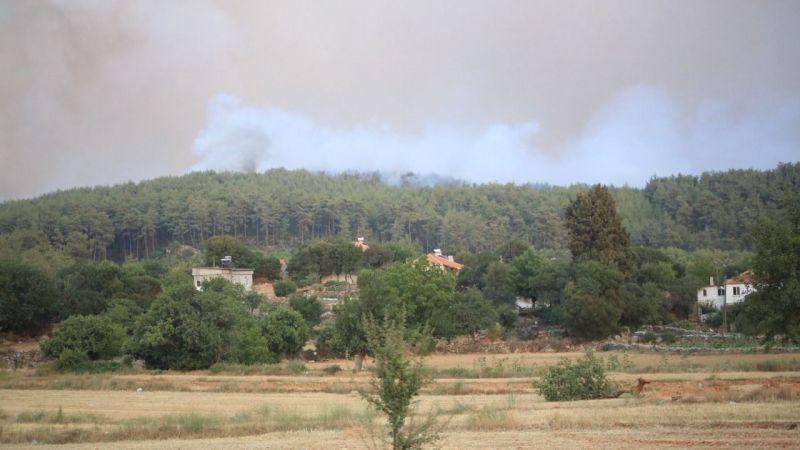 Muğla 'da 3 aktif yangın devam ediyor