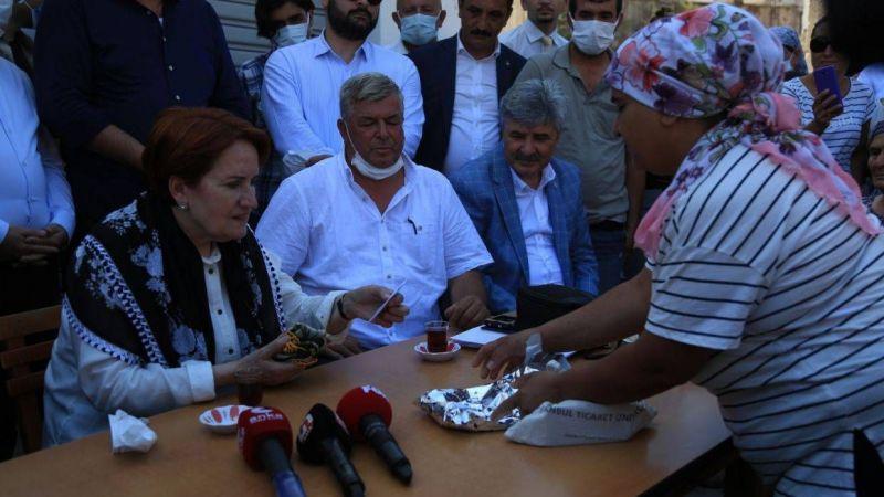 Akşener, vatandaşların sorun ve taleplerini dinledi