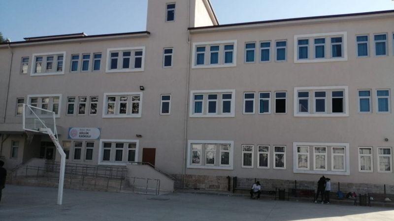 Güllük İlkokulu'nda elektrik çilesi