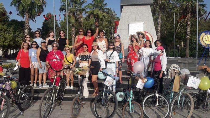 Süslü Kadınlar Milas sokaklarına renk kattı