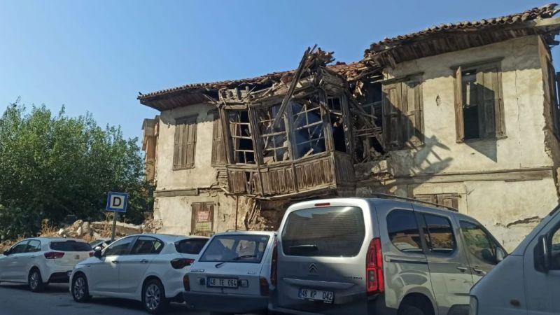 Milas'ın eski sokaklarında büyük tehlike!