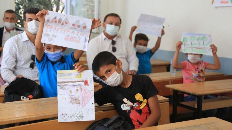 Süt Birliği'nden yangın mağduru 200 çocuğa tablet desteği