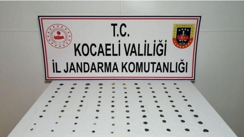 Kocaeli'de 100 adet tarihi sikke yakalandı!