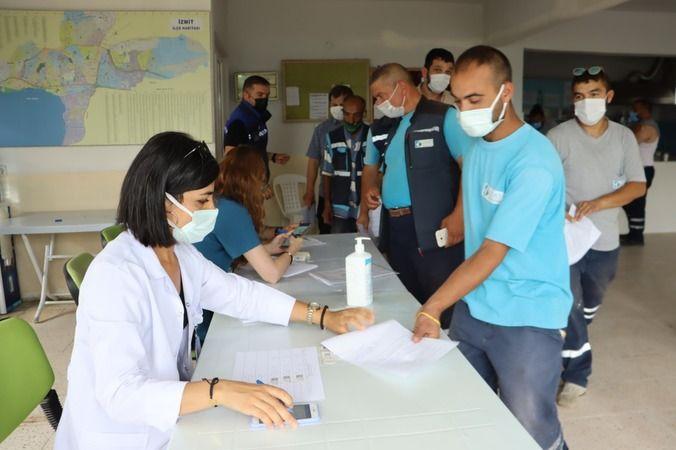 İzmit Belediyesi personeli  aşı oldu
