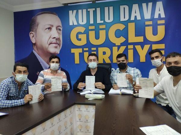 AKP Karamürsel'e 213 yeni üye