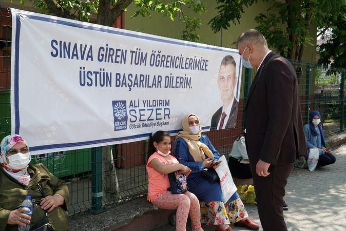 Başkan Sezer sınav heyecanına ortak oldu