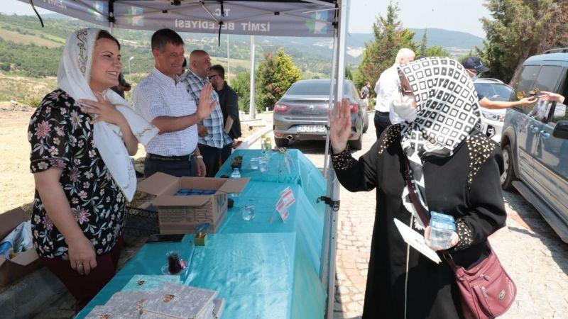 Başkan Hürriyet, vatandaşlara Yasin-i Şerif hediye etti