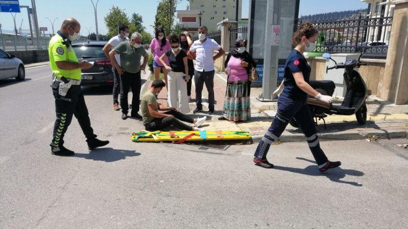 İzmit'te motosiklet ile otomobil çarpıştı: 1 yaralı