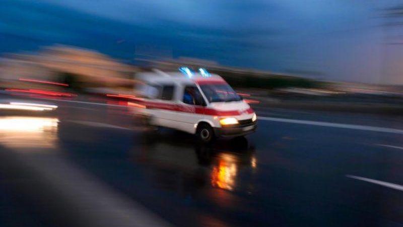 Yolcu minibüsü otomobille çarpıştı: 4 yaralı