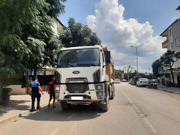 Mahalle içindeki tır parklanmalarına ceza