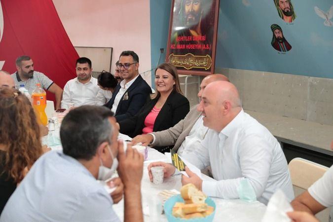 CHP'liler iftar sofrasına konuk oldu