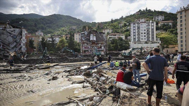 Karadeniz'deki sel felaketinde can kaybı 81'e yükseldi