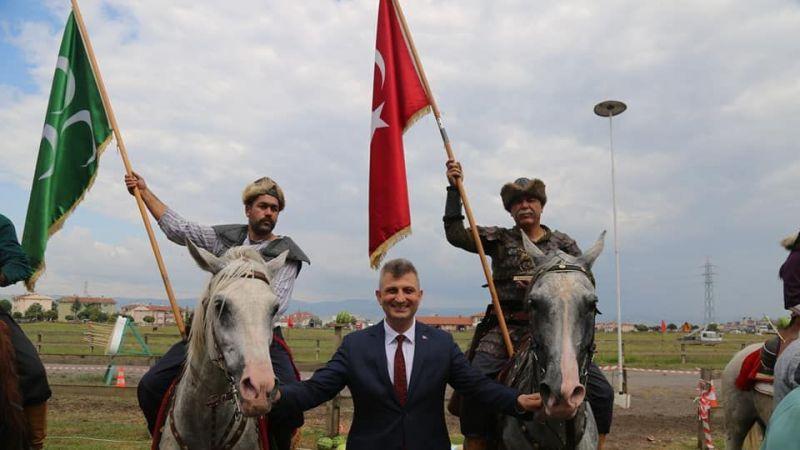 Rahvan At Yarışları Heyecanı Gölcük'te