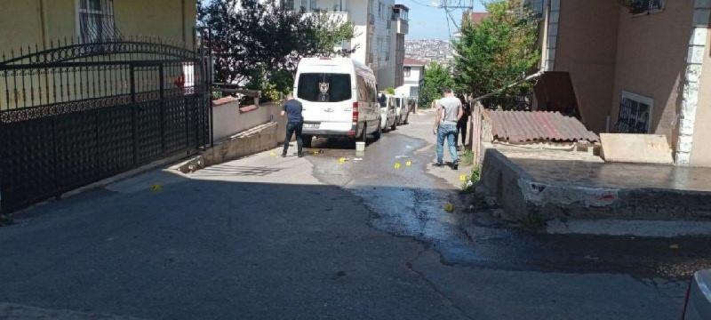 Eşine sokak ortasında vuran koca tutuklandı