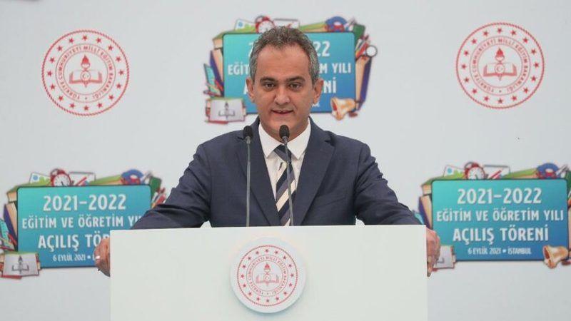 Milli Eğitim Bakanı: Okulların açık kalması milli güvenlik meselesidir