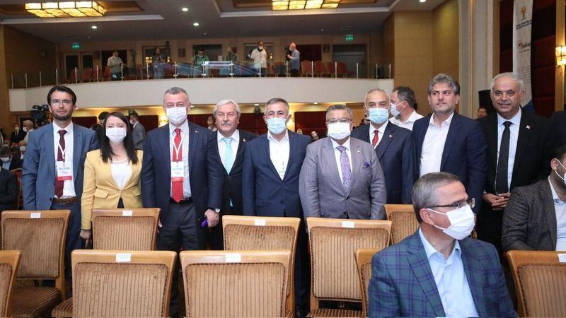 AKP'nin yerel yönetimler toplantısı tamamlandı