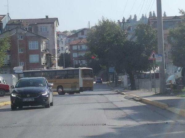 Belediye aracıyla AKP'li kadınları gezdirdiler!
