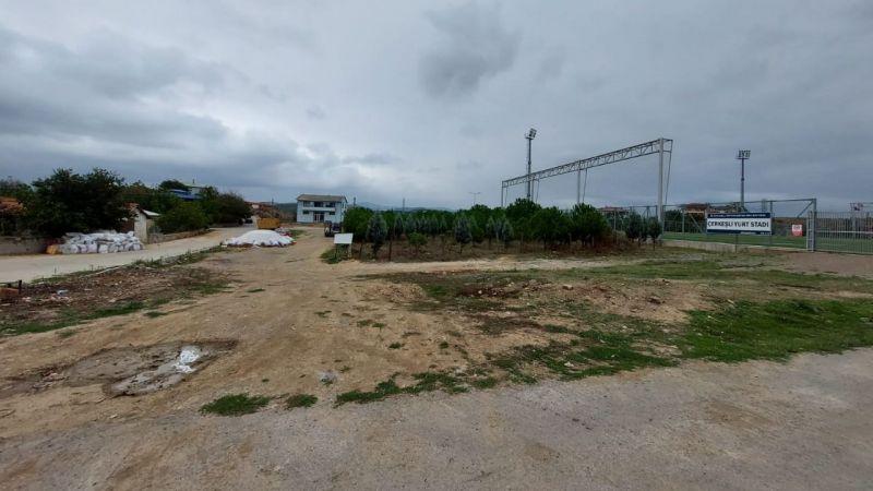 Dilovası'na  basketbol ve voleybol sahası