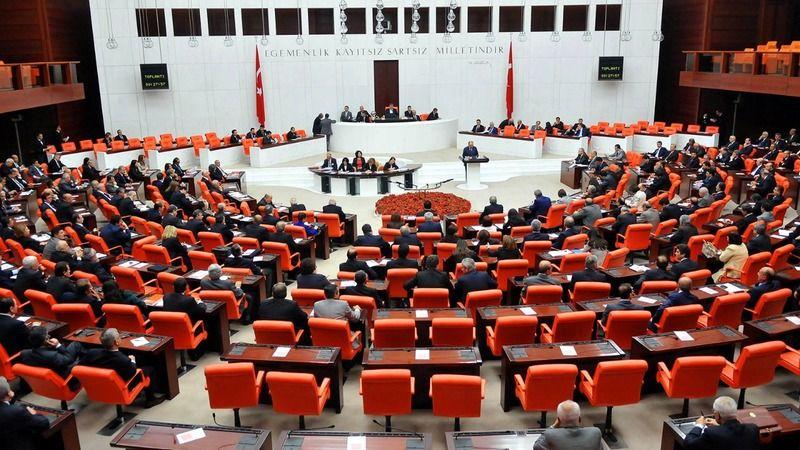 "Eski Bakandan Flaş İddia; ""63 Ak Partili Milletvekili Deva Parti'ye Geçme Noktasında"""