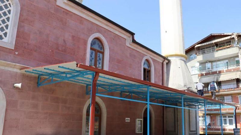 Kocaeli Haber - Başaran Camii Cemaati Açık Havada İbadet Edebilecek