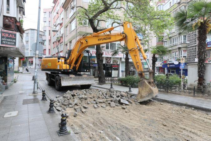 İzmit'te sökülen parke taşları tasarrufa dönüşüyor