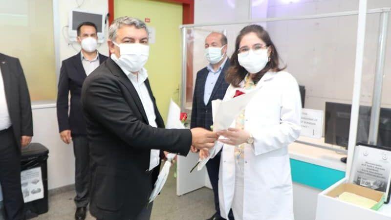 Kocaeli Haber - Şayir'den Sağlıkçılara Bayram Ziyareti
