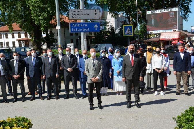 Hendek'te 19 Mayıs törenle kutlandı