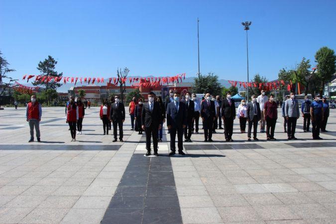 Düzce'de 19 Mayıs Törenlerle kutlandı