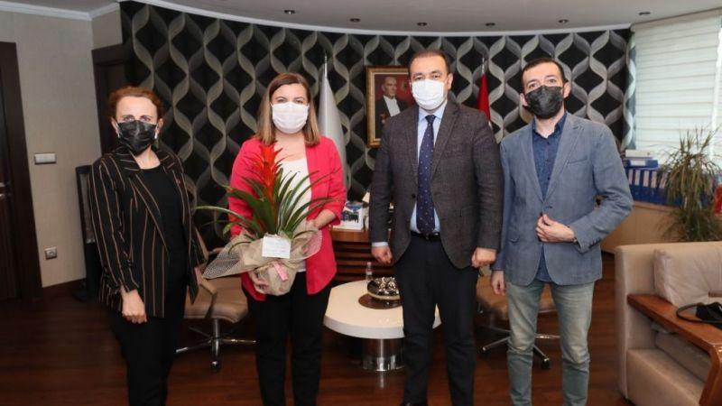 Kocaeli Haber - Eczacılardan Hürriyet'e Ziyaret