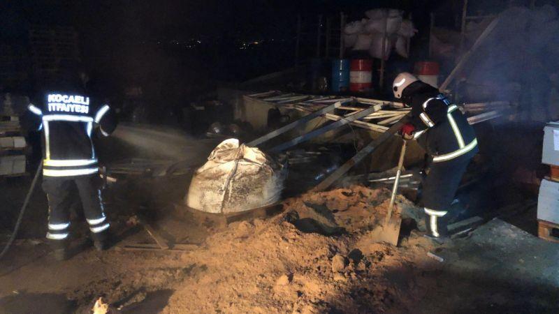 Kocaeli Haber - Kapalı Fabrikada Çıkan Yangın Korkuttu