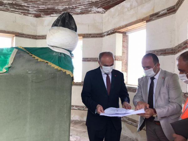 Tarihi Türbe'de restorasyon yeniden başladı