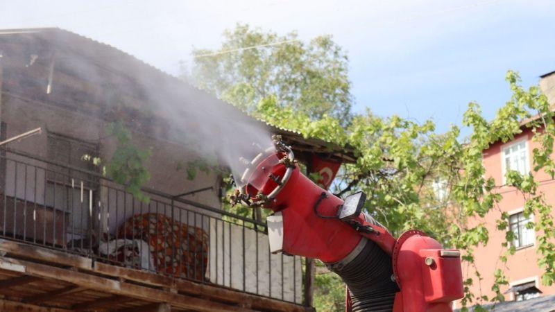 Kocaeli Haber - İzmit Belediyesi Haşerelerle Mücadeleye Devam Ediyor