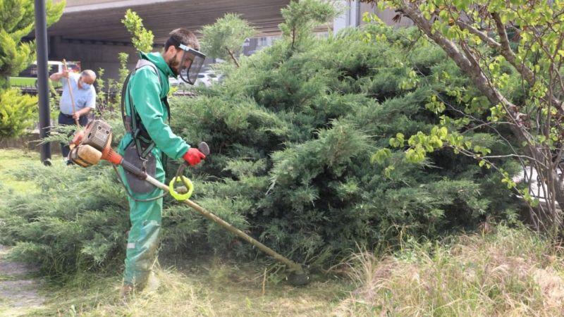 Kocaeli Haber - İzmit Belediyesi Yenişehir'de parkları temizledi