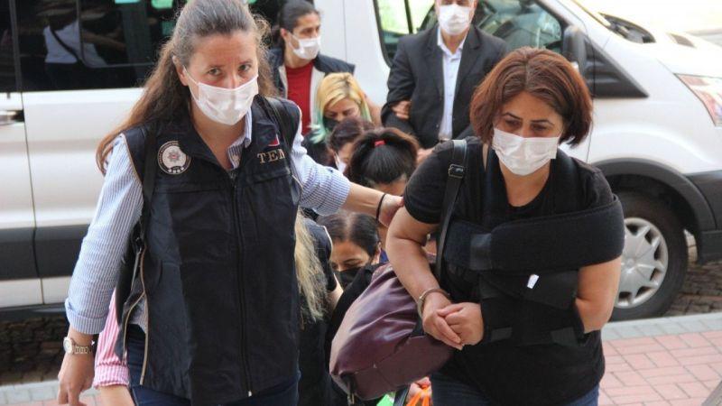 Kocaeli Haber - PKK/KCK'nın Cezaevi Yapılanması Şüphelisi 7 Kişi Adliyeye Sevk Edildi